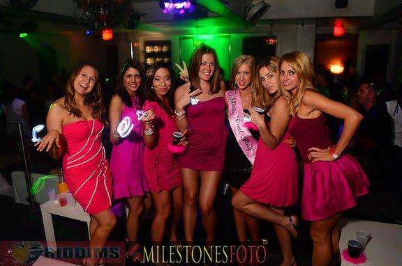 bar bbw club night